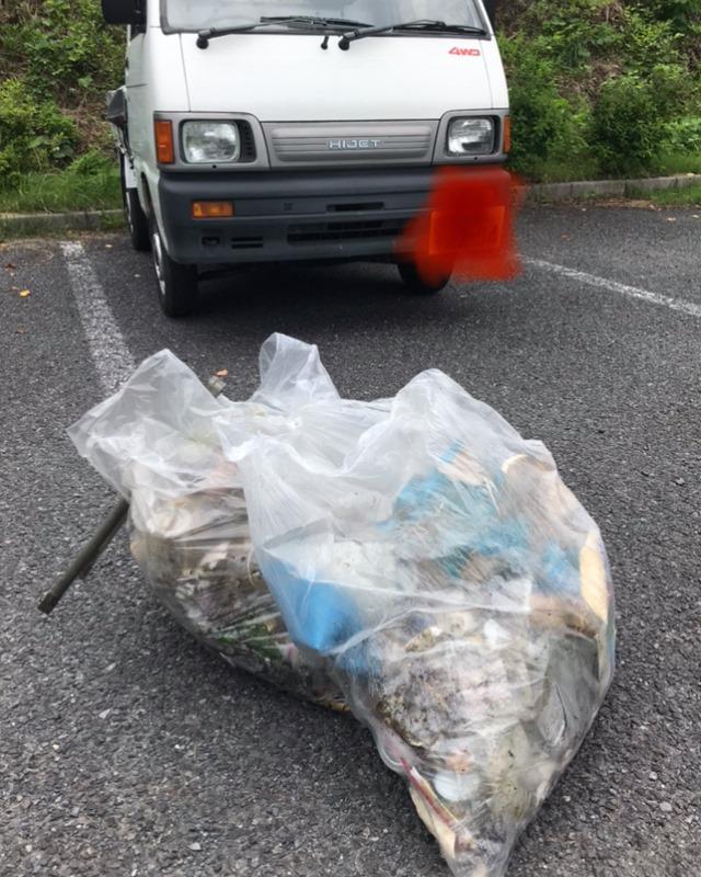 ダム湖周辺道路で拾ったゴミ